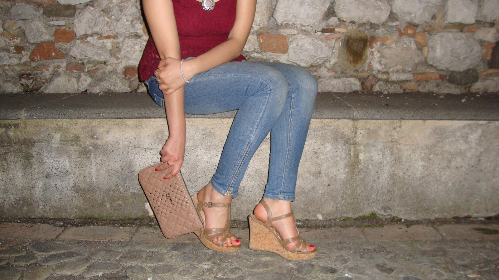 Pizzo-top-peplum-Jeans-look