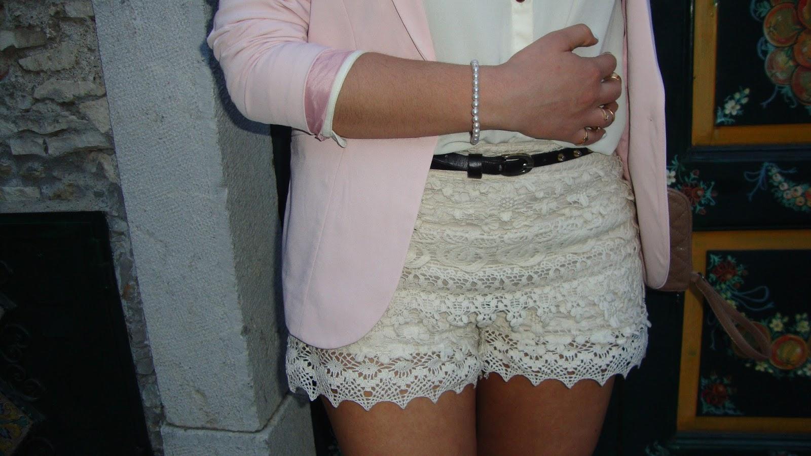 Shorts-pizzo-Blazer-rosa-look-enchanting-land
