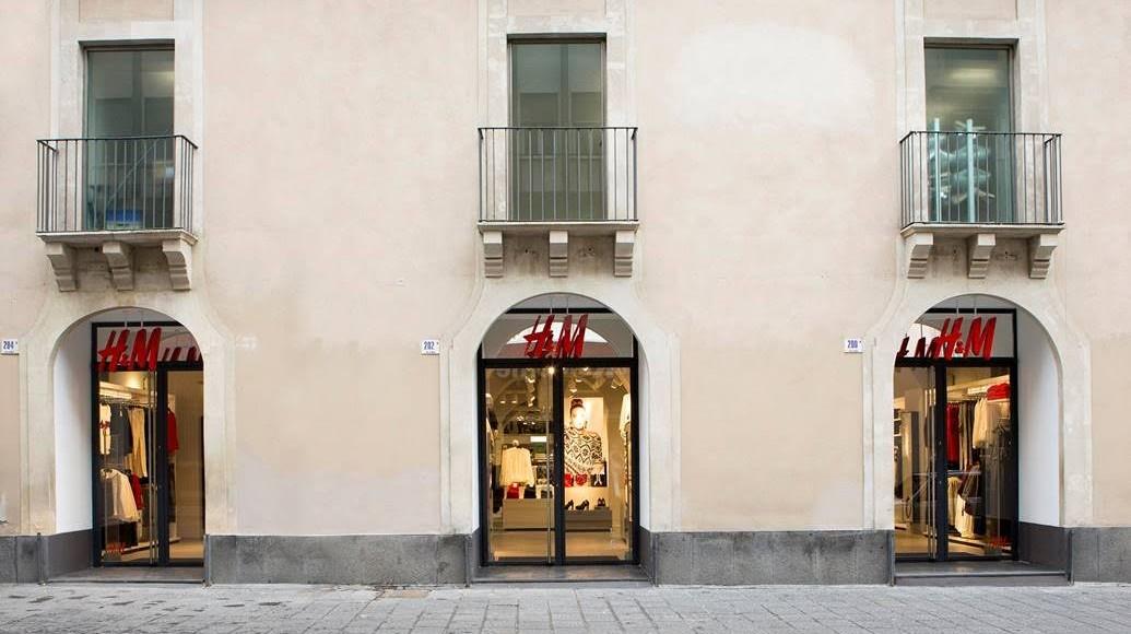 HM arriva a Catania
