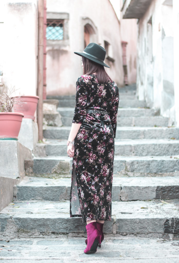 wrap dress, come indossare l'abito vestaglia